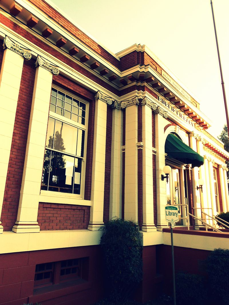 Carnegie Library, Grass Valley 009-001